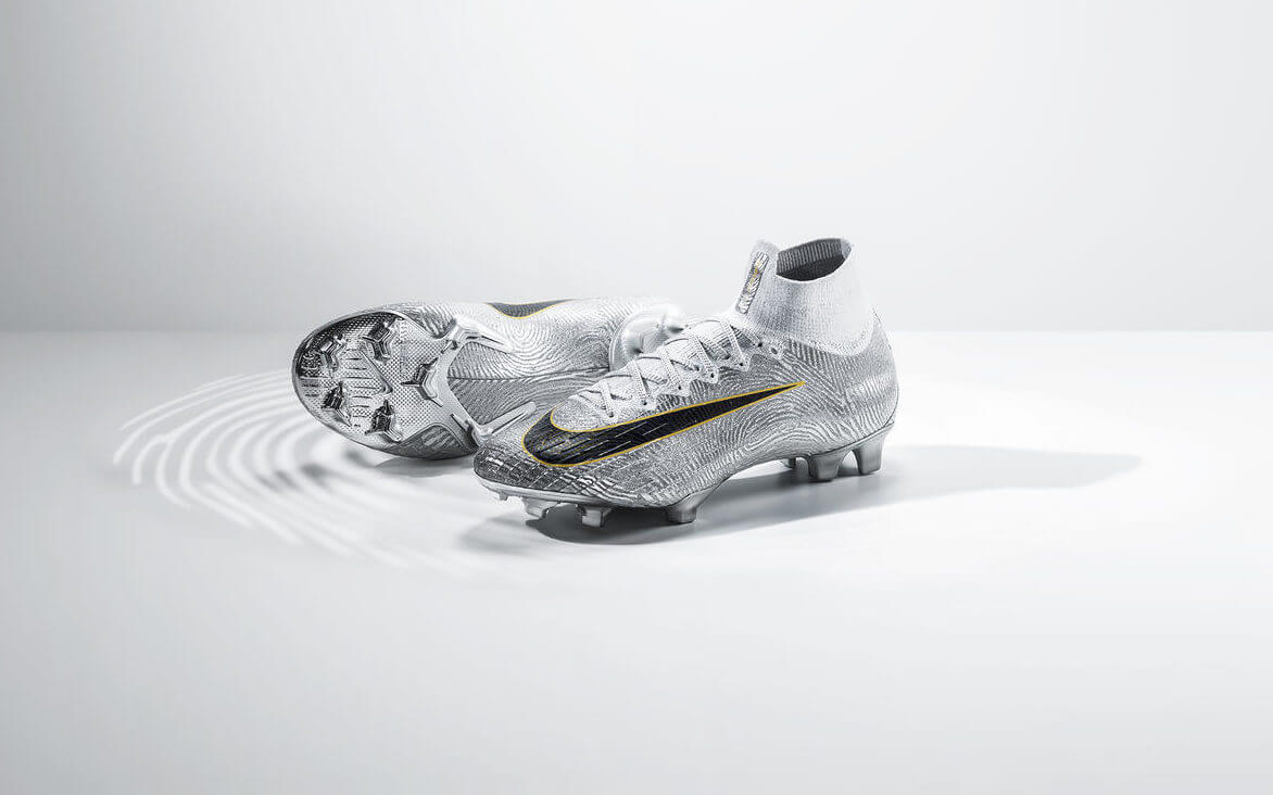 Golden Touch Mercurial 360 by Nike